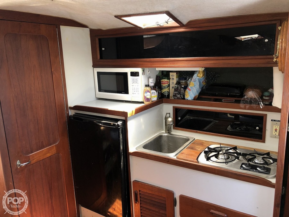 1987 Tiara Yachts boat for sale, model of the boat is 3100 & Image # 9 of 40