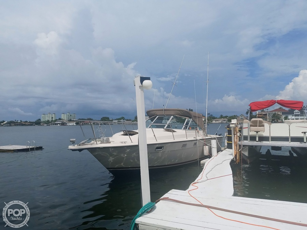 1987 Tiara Yachts boat for sale, model of the boat is 3100 & Image # 18 of 40