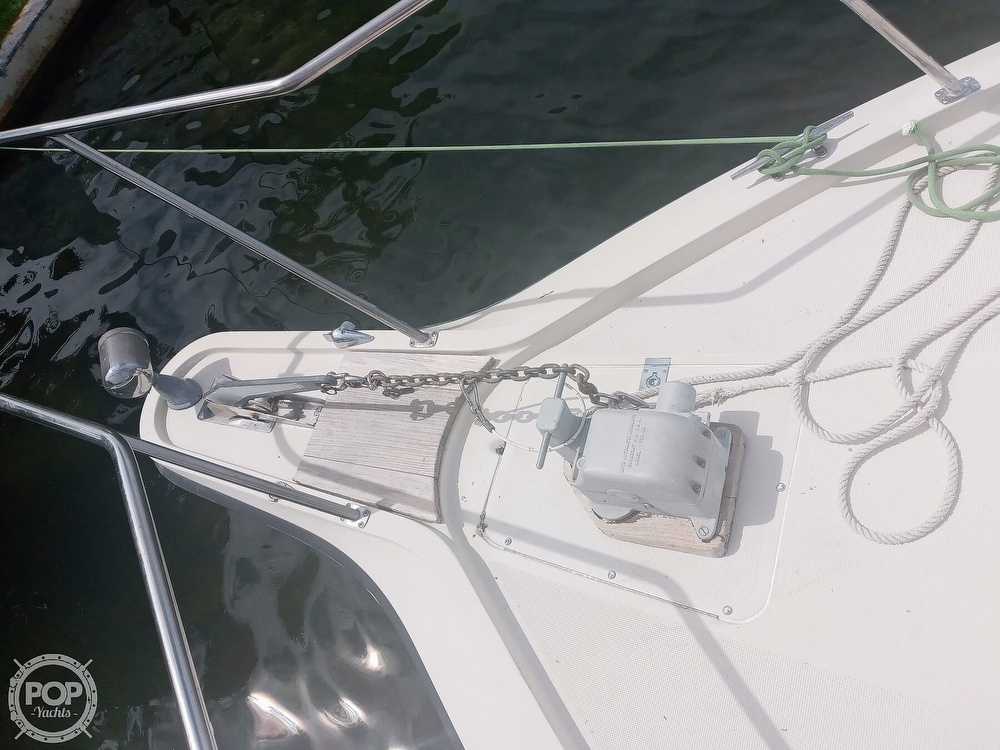 1987 Tiara Yachts boat for sale, model of the boat is 3100 & Image # 25 of 40