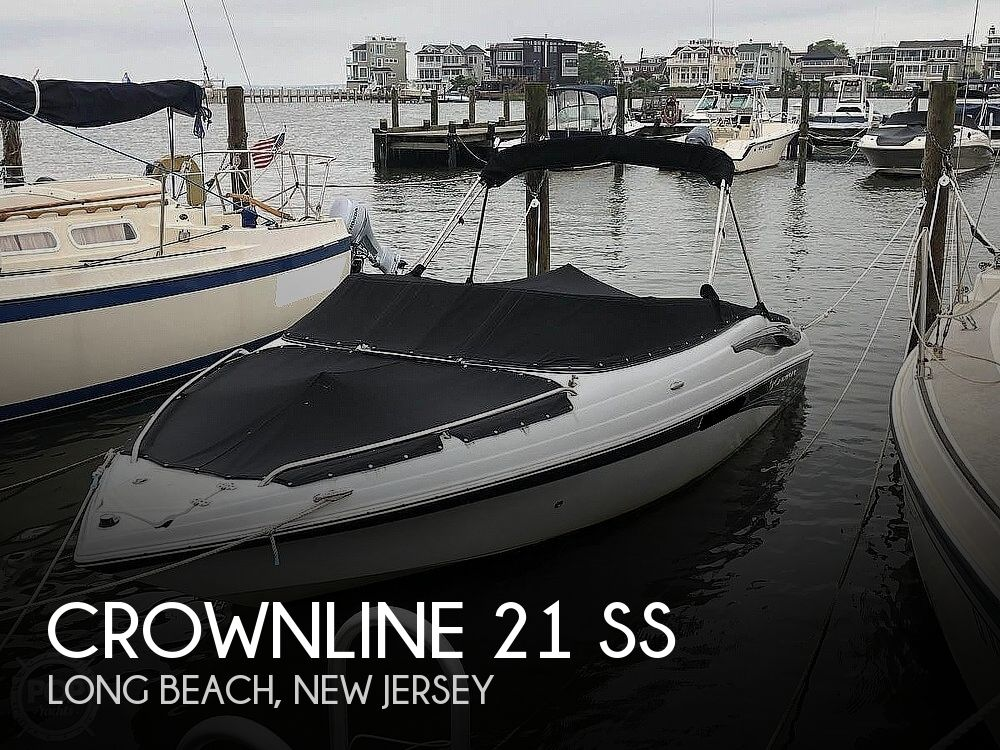 2012 Crownline boat for sale, model of the boat is 21 SS & Image # 1 of 40