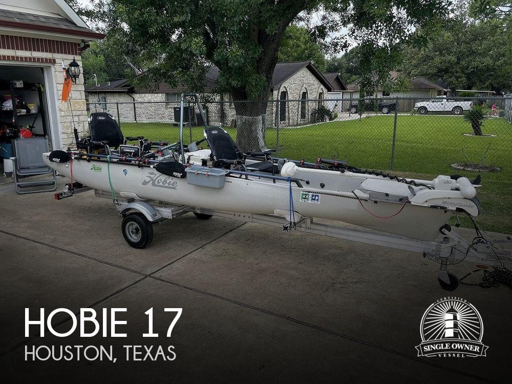 2019 Hobie boat for sale, model of the boat is Mirage Pro Angler 17T Tandem & Image # 1 of 41