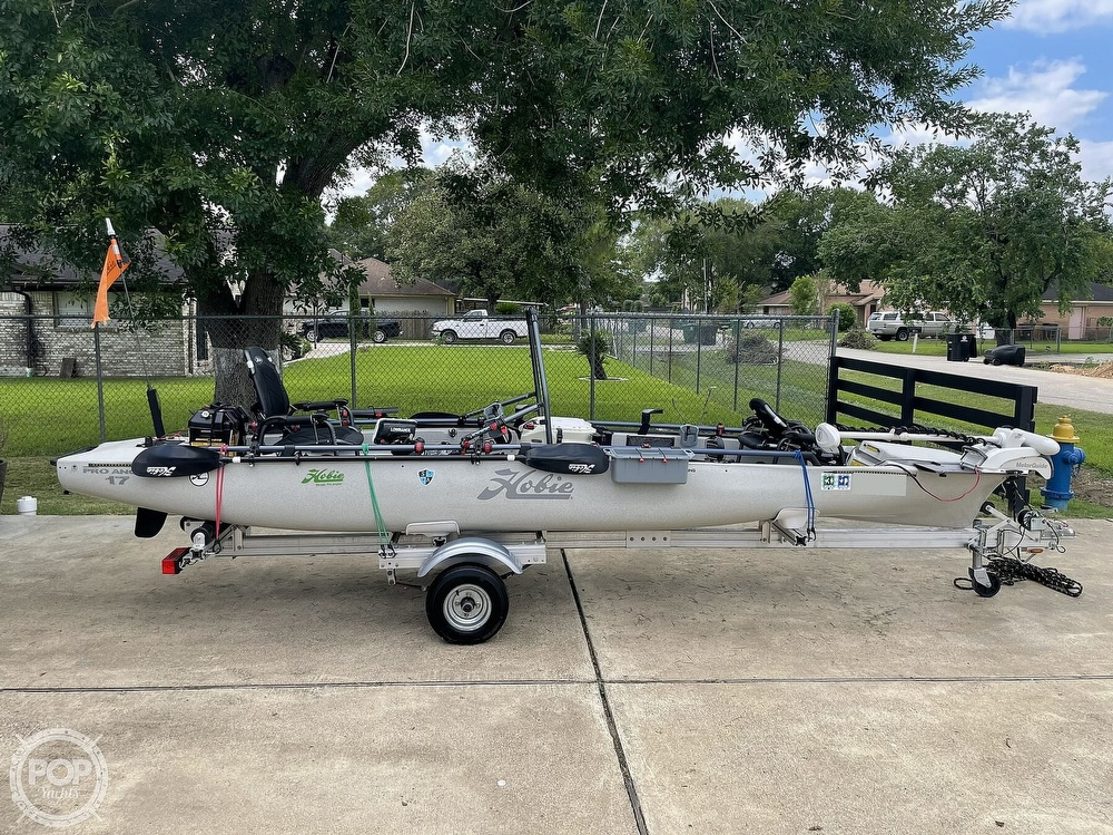 2019 Hobie boat for sale, model of the boat is Mirage Pro Angler 17T Tandem & Image # 8 of 41
