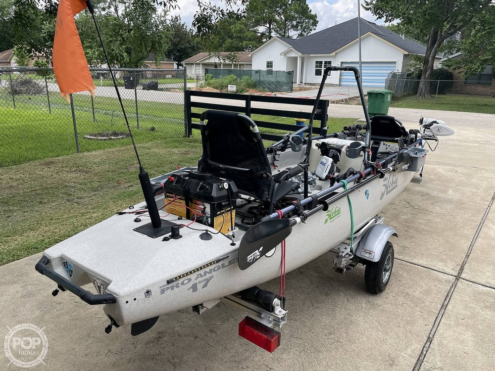 2019 Hobie boat for sale, model of the boat is Mirage Pro Angler 17T Tandem & Image # 9 of 41