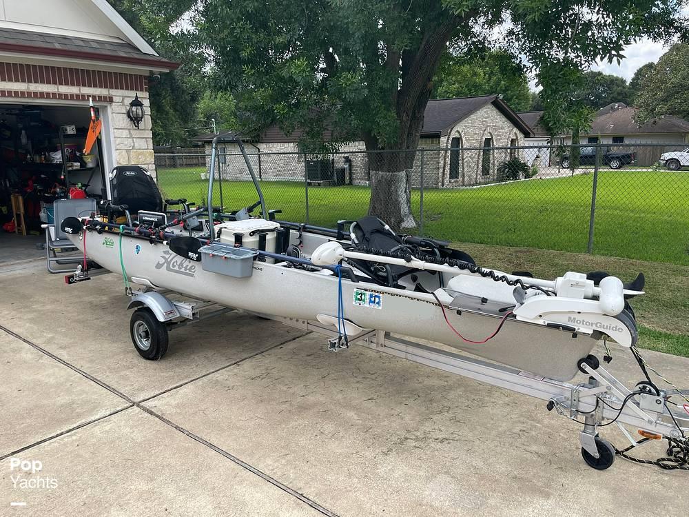 2019 Hobie boat for sale, model of the boat is Mirage Pro Angler 17T Tandem & Image # 14 of 41