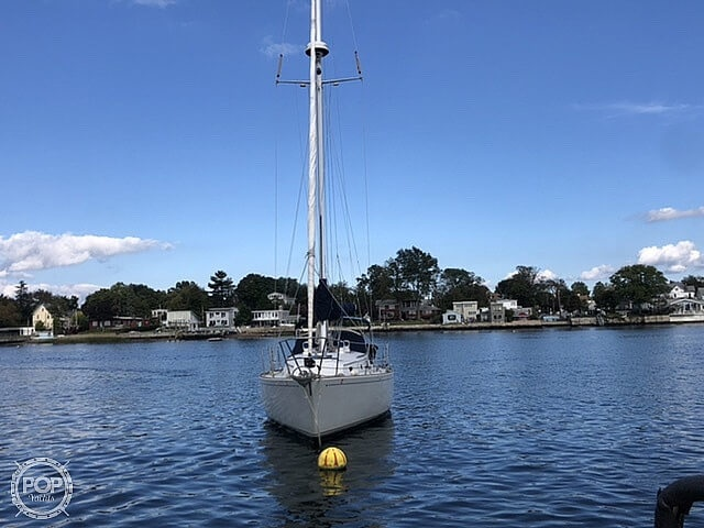 1986 Sabre boat for sale, model of the boat is 32 CB & Image # 10 of 40
