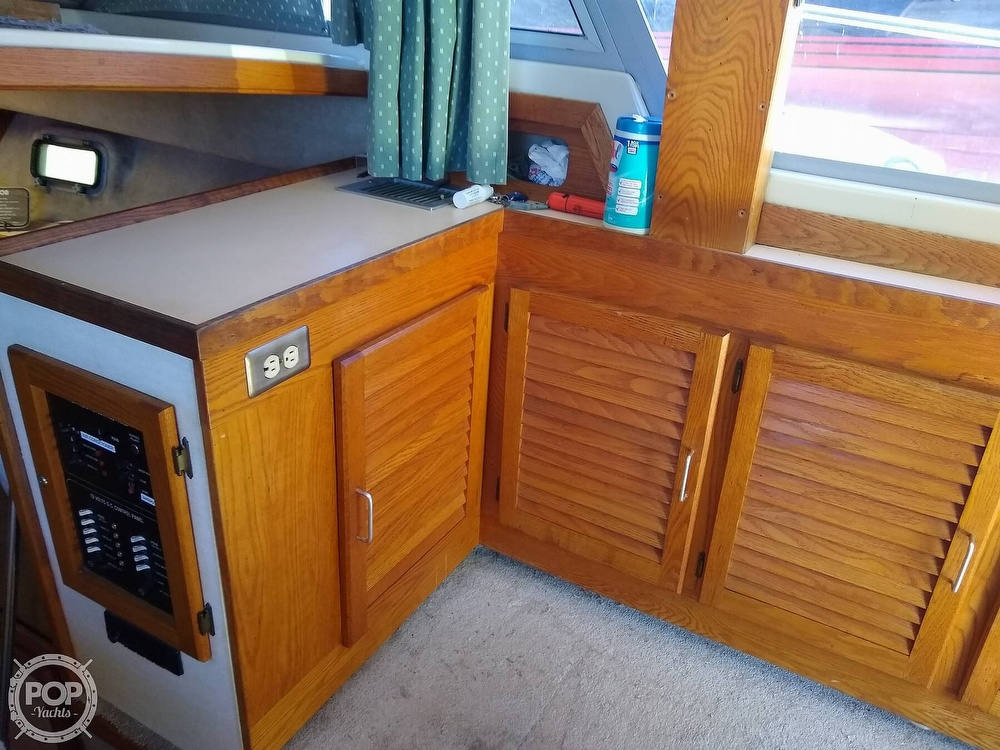 1986 Silverton boat for sale, model of the boat is 34 Convertible & Image # 36 of 40