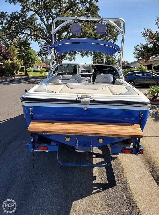 2005 Centurion boat for sale, model of the boat is Avalanche & Image # 5 of 6