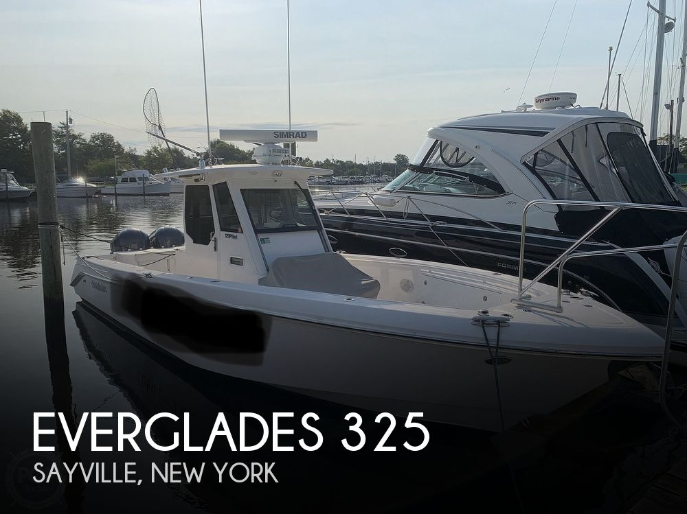 2012 EVERGLADES 325 PILOT for sale