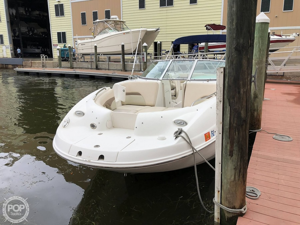 2007 Chaparral boat for sale, model of the boat is Sunesta 274 & Image # 5 of 40