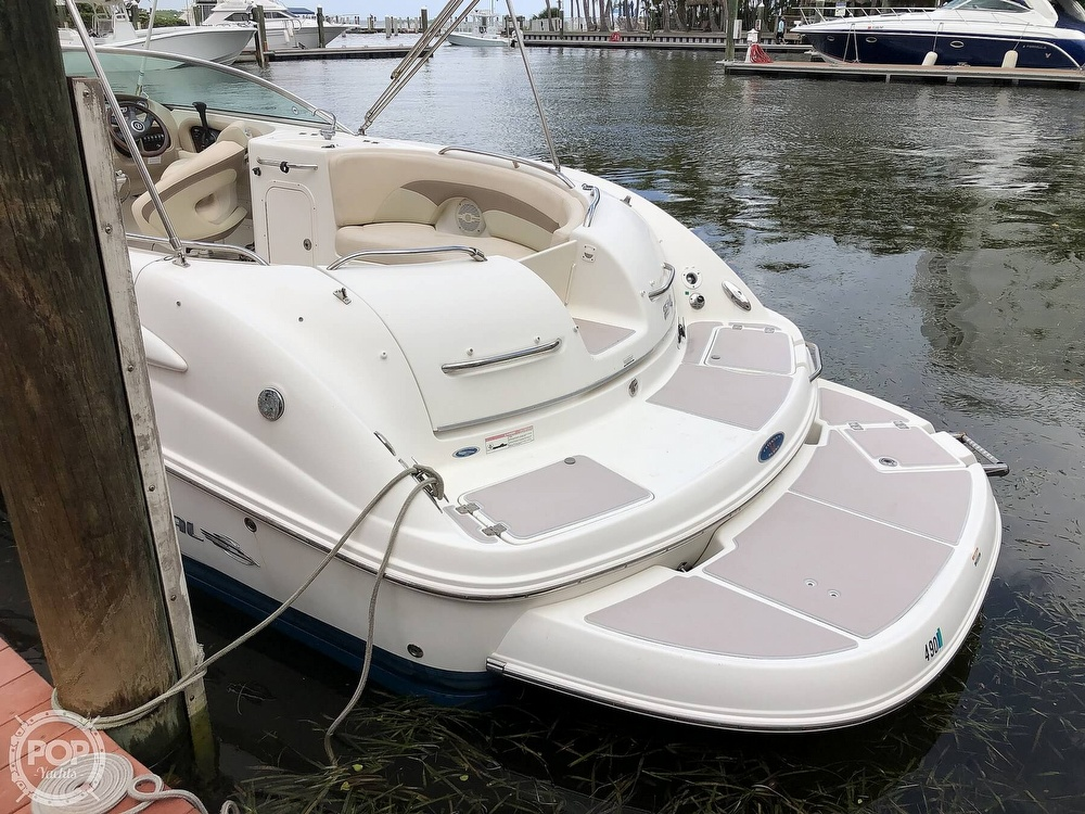 2007 Chaparral boat for sale, model of the boat is Sunesta 274 & Image # 6 of 40