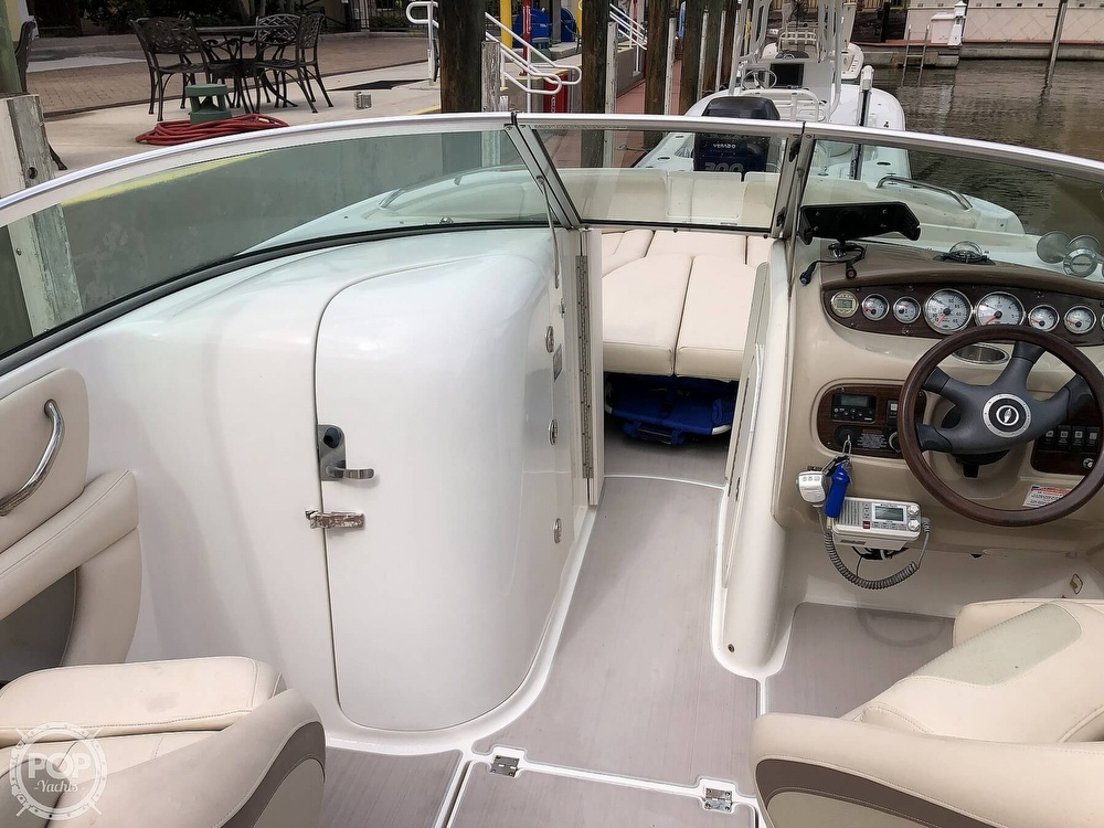 2007 Chaparral boat for sale, model of the boat is Sunesta 274 & Image # 30 of 40
