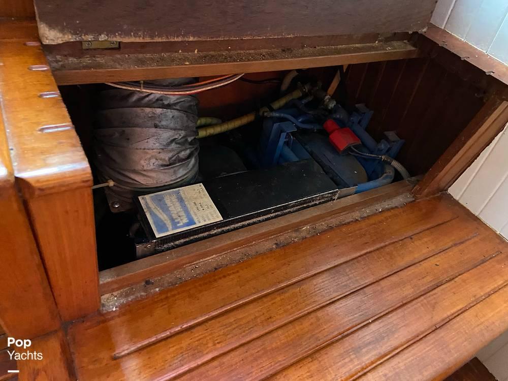 1986 Marine Trader boat for sale, model of the boat is Sundeck & Image # 19 of 40
