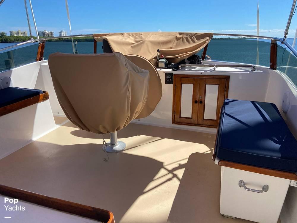 1986 Marine Trader boat for sale, model of the boat is Sundeck & Image # 38 of 40