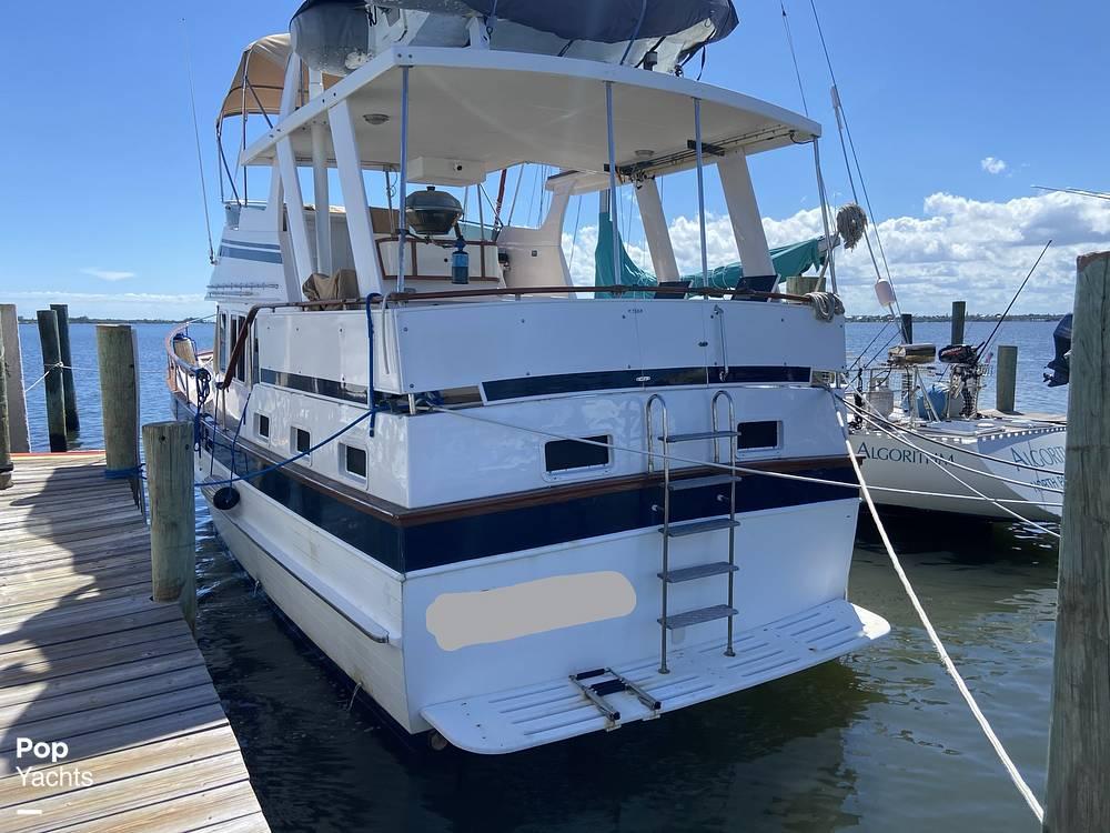 1986 Marine Trader boat for sale, model of the boat is Sundeck & Image # 25 of 40