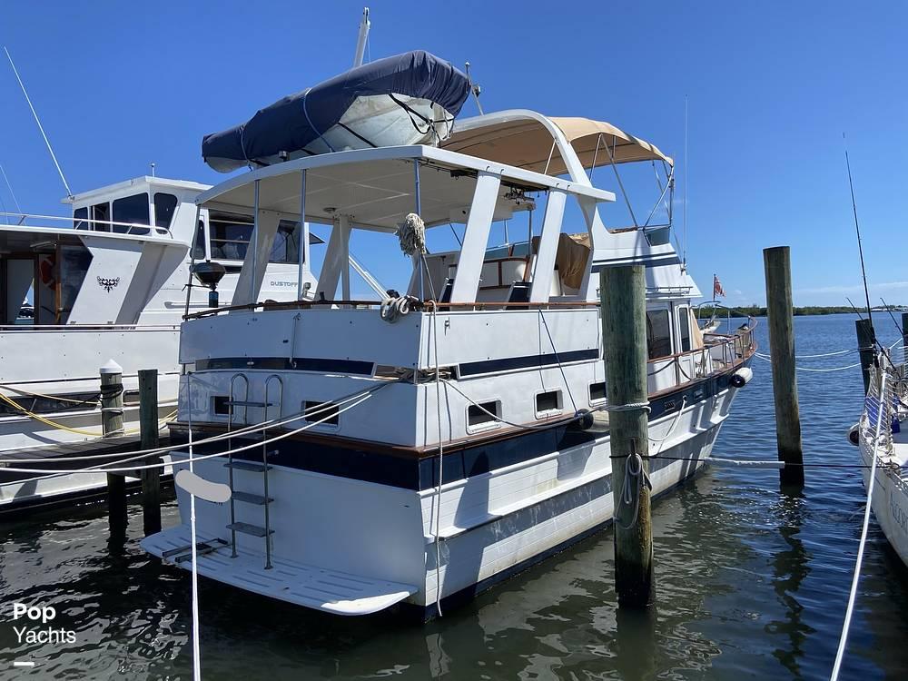1986 Marine Trader boat for sale, model of the boat is Sundeck & Image # 13 of 40