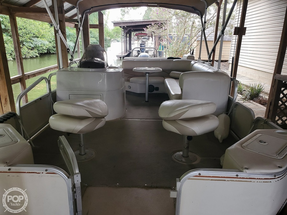 2008 SunCatcher boat for sale, model of the boat is LX3 22 Fish & cruise & Image # 7 of 40