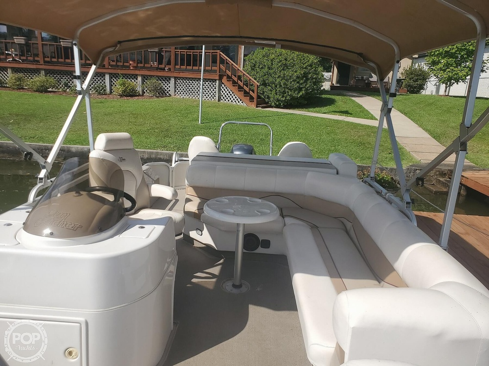 2008 SunCatcher boat for sale, model of the boat is LX3 22 Fish & cruise & Image # 8 of 40