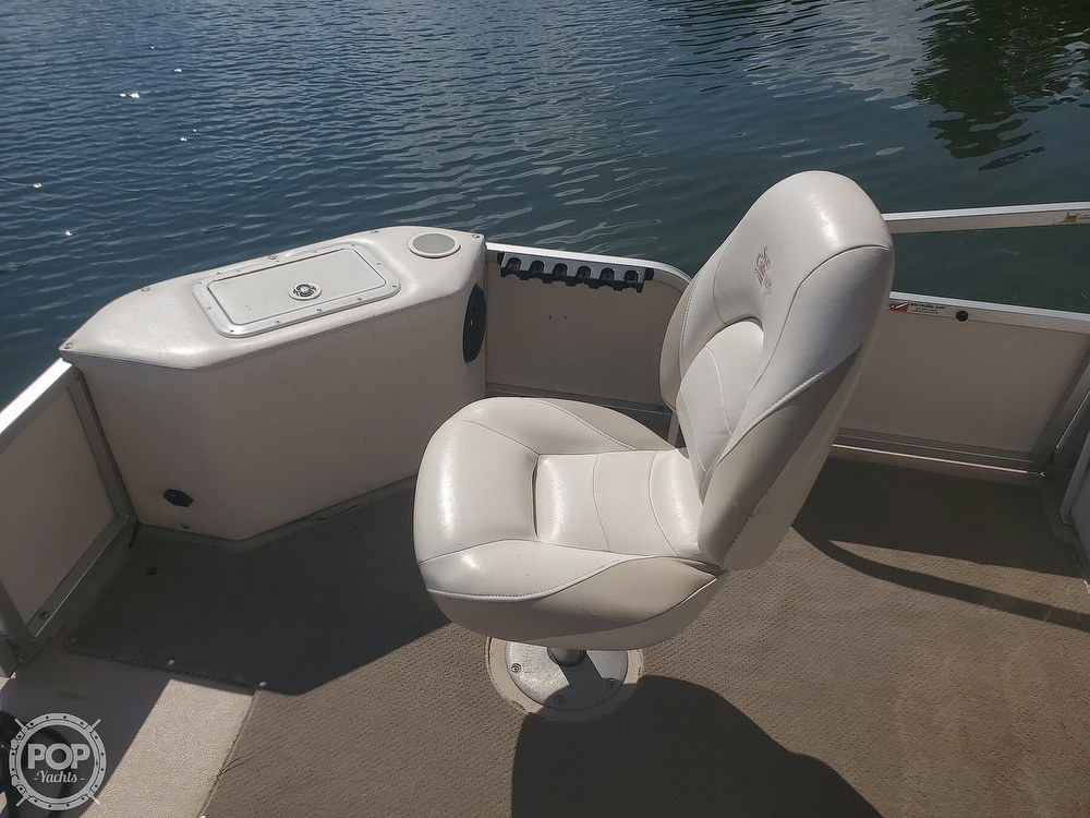 2008 SunCatcher boat for sale, model of the boat is LX3 22 Fish & cruise & Image # 12 of 40