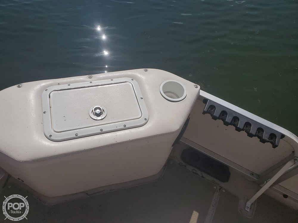 2008 SunCatcher boat for sale, model of the boat is LX3 22 Fish & cruise & Image # 13 of 40