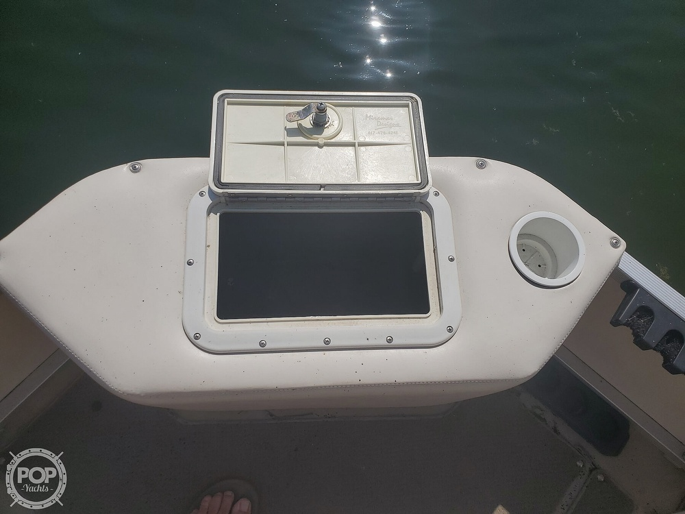 2008 SunCatcher boat for sale, model of the boat is LX3 22 Fish & cruise & Image # 14 of 40