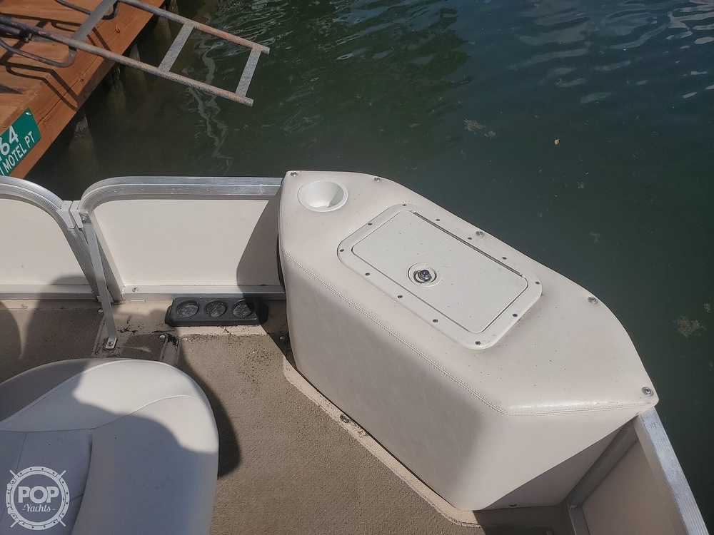 2008 SunCatcher boat for sale, model of the boat is LX3 22 Fish & cruise & Image # 15 of 40