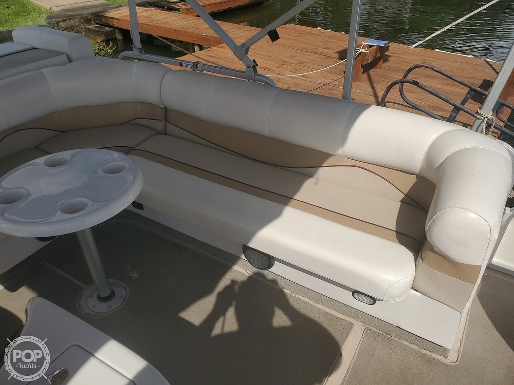 2008 SunCatcher boat for sale, model of the boat is LX3 22 Fish & cruise & Image # 19 of 40