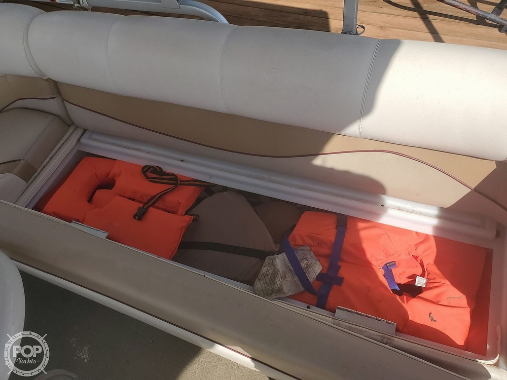 2008 SunCatcher boat for sale, model of the boat is LX3 22 Fish & cruise & Image # 21 of 40