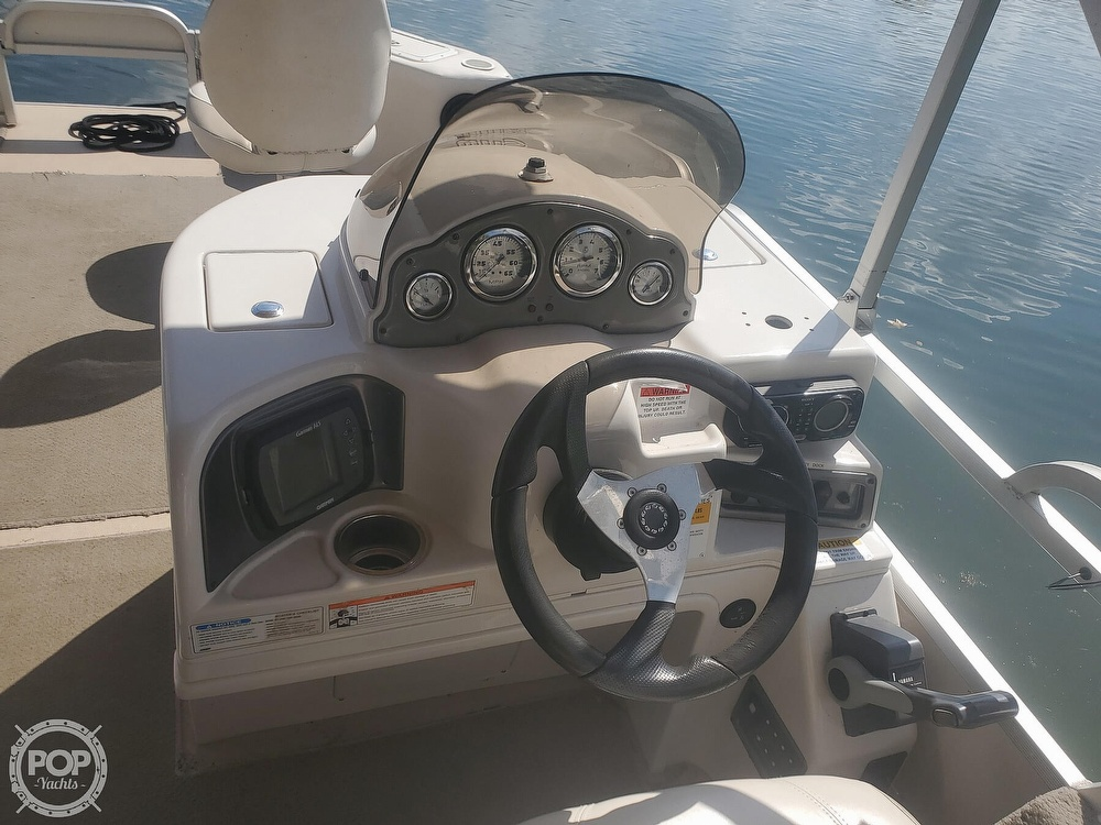 2008 SunCatcher boat for sale, model of the boat is LX3 22 Fish & cruise & Image # 23 of 40