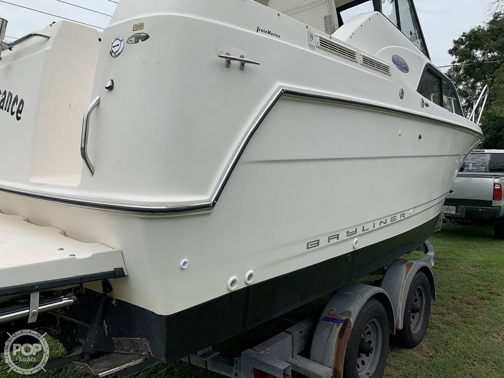 2005 Bayliner boat for sale, model of the boat is 242 Classic & Image # 4 of 40