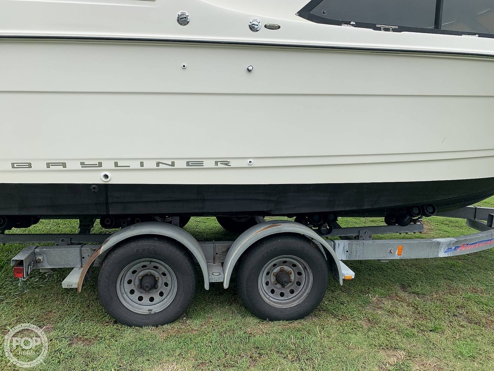 2005 Bayliner boat for sale, model of the boat is 242 Classic & Image # 18 of 40