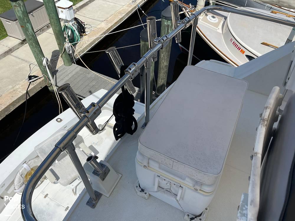 1988 Hi Star boat for sale, model of the boat is 48 Sundeck & Image # 14 of 40
