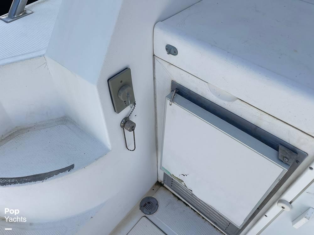 1988 Hi Star boat for sale, model of the boat is 48 Sundeck & Image # 23 of 40