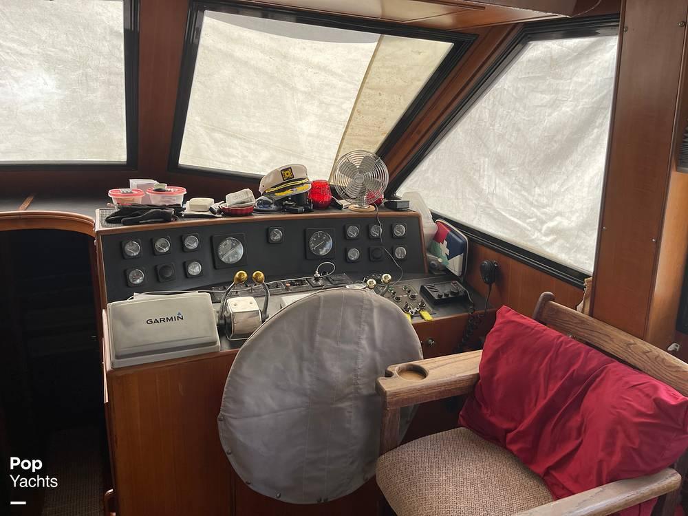 1988 Hi Star boat for sale, model of the boat is 48 Sundeck & Image # 30 of 40