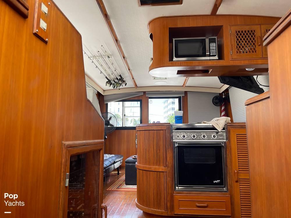 1988 Hi Star boat for sale, model of the boat is 48 Sundeck & Image # 37 of 40