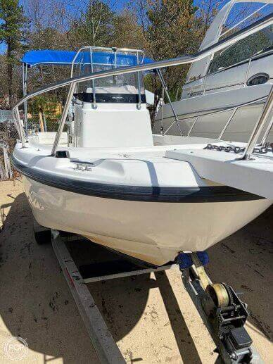 Boston Whaler 21 outrage, 21, for sale - $34,450