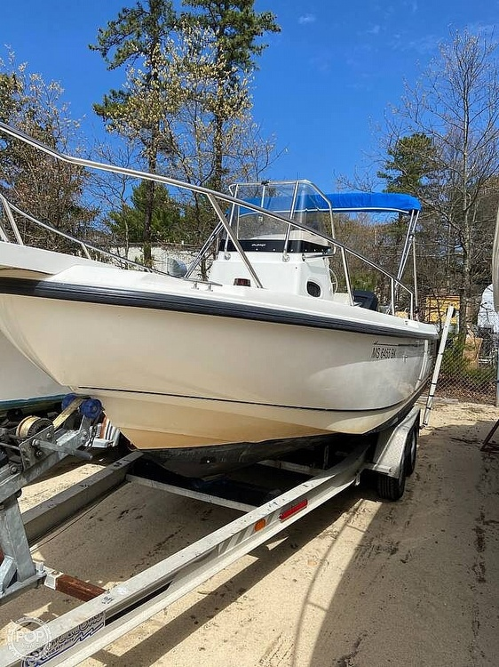 2000 Boston Whaler boat for sale, model of the boat is 21 outrage & Image # 6 of 7