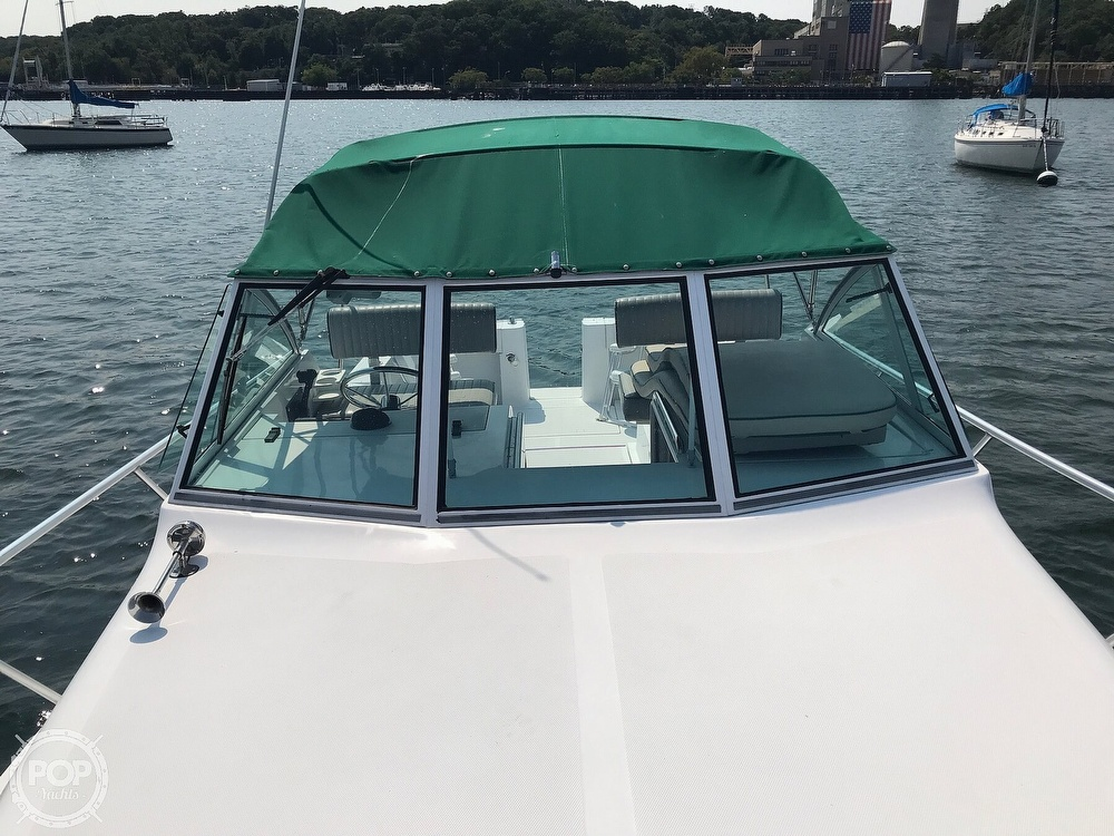 2000 Mainship boat for sale, model of the boat is Pilot 30 & Image # 11 of 22