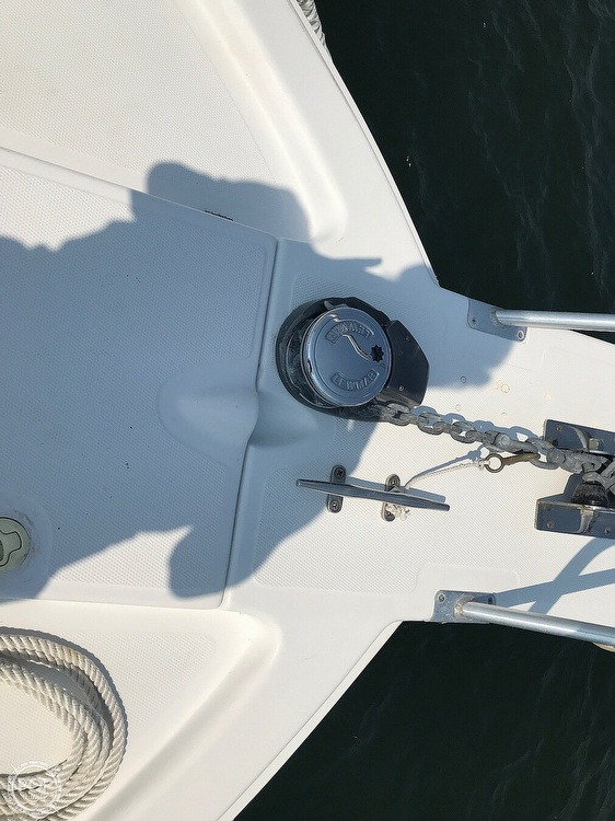 2000 Mainship boat for sale, model of the boat is Pilot 30 & Image # 18 of 22