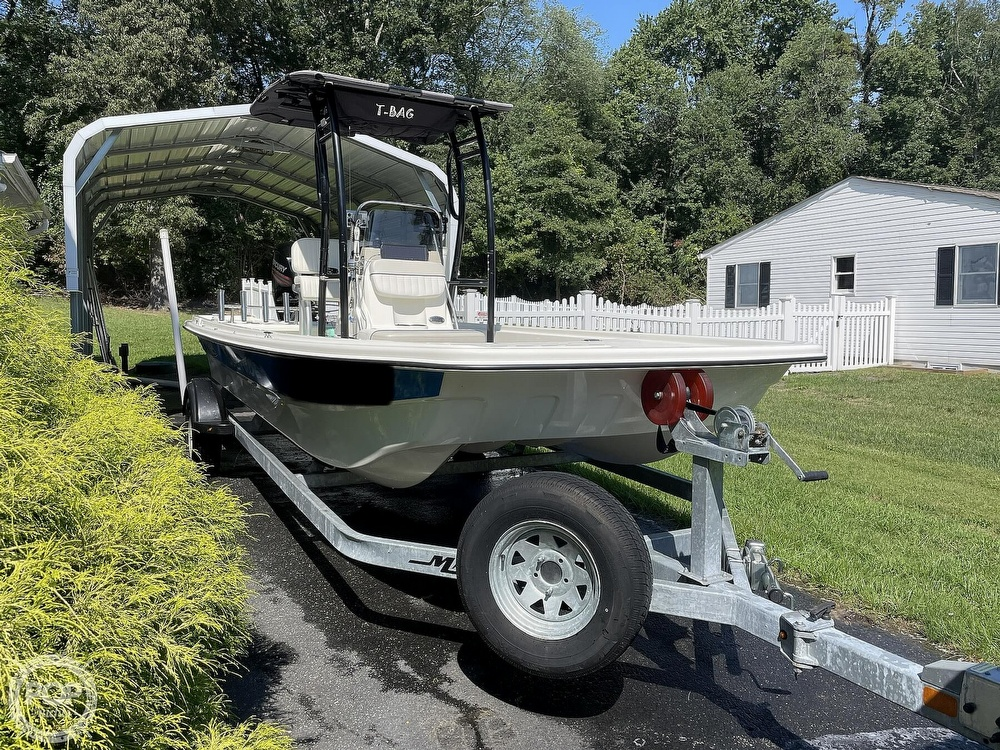 2017 Mako boat for sale, model of the boat is Pro Skiff 19 & Image # 2 of 40