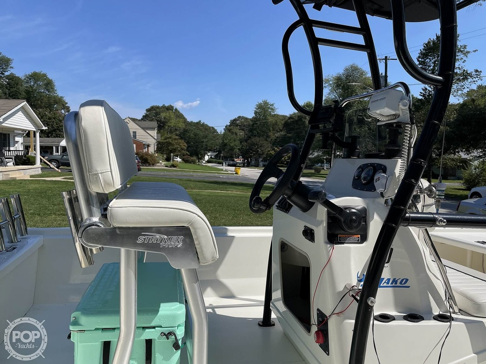 2017 Mako boat for sale, model of the boat is Pro Skiff 19 & Image # 26 of 40