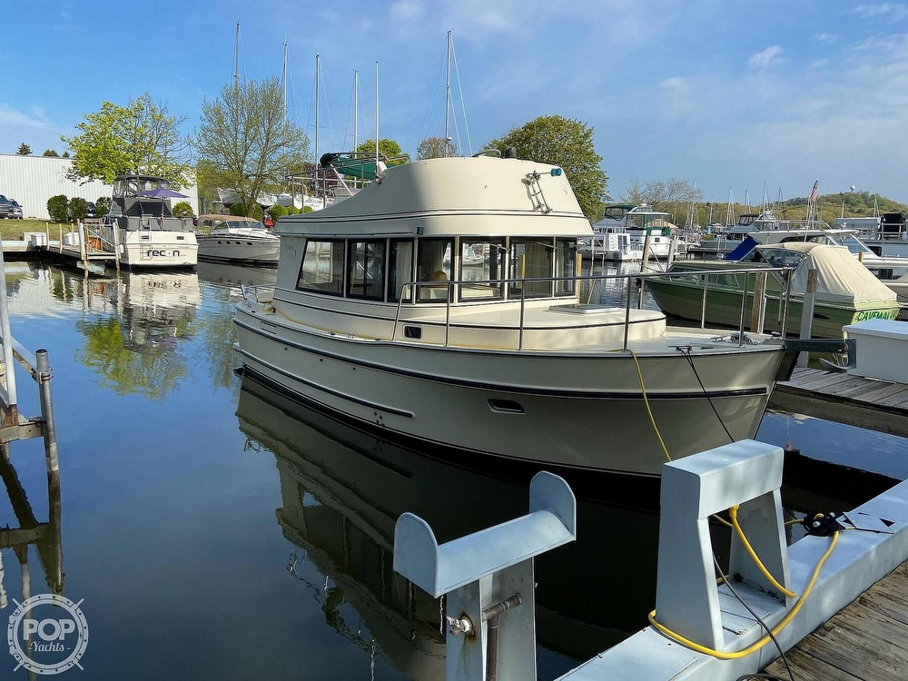 2004 Camano boat for sale, model of the boat is 31 Troll & Image # 2 of 40