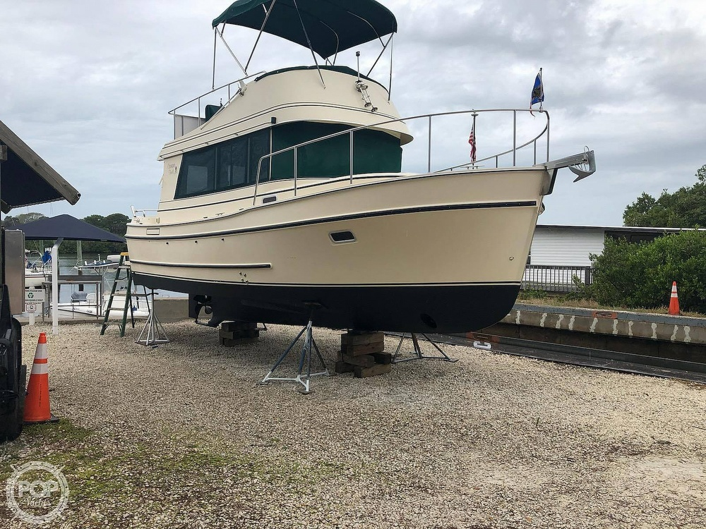 2004 Camano boat for sale, model of the boat is 31 Troll & Image # 3 of 40