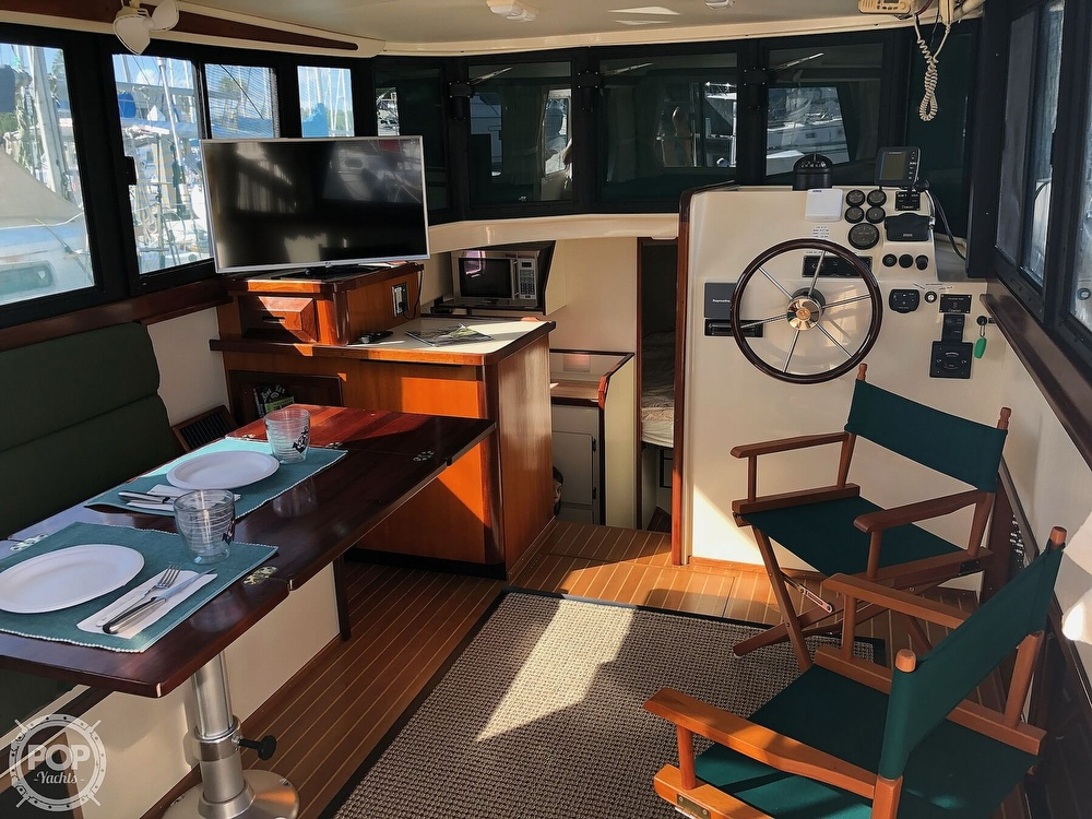 2004 Camano boat for sale, model of the boat is 31 Troll & Image # 5 of 40