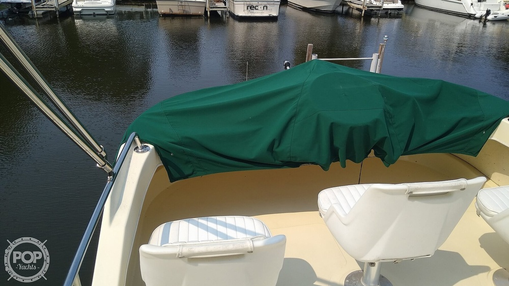 2004 Camano boat for sale, model of the boat is 31 Troll & Image # 13 of 40