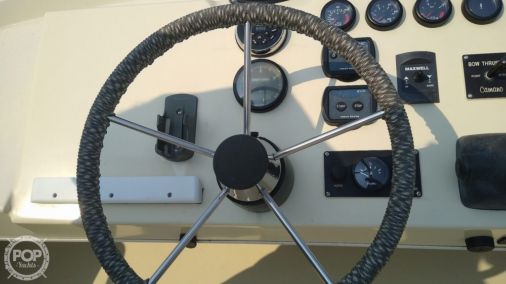2004 Camano boat for sale, model of the boat is 31 Troll & Image # 12 of 40