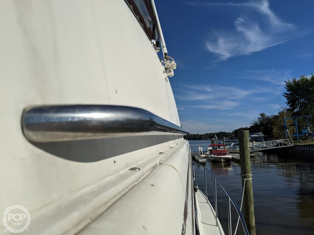 1991 Silverton boat for sale, model of the boat is 34C & Image # 9 of 40