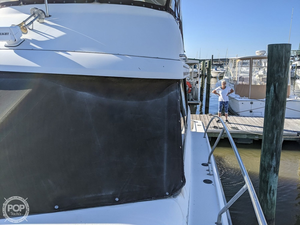 1991 Silverton boat for sale, model of the boat is 34C & Image # 17 of 40