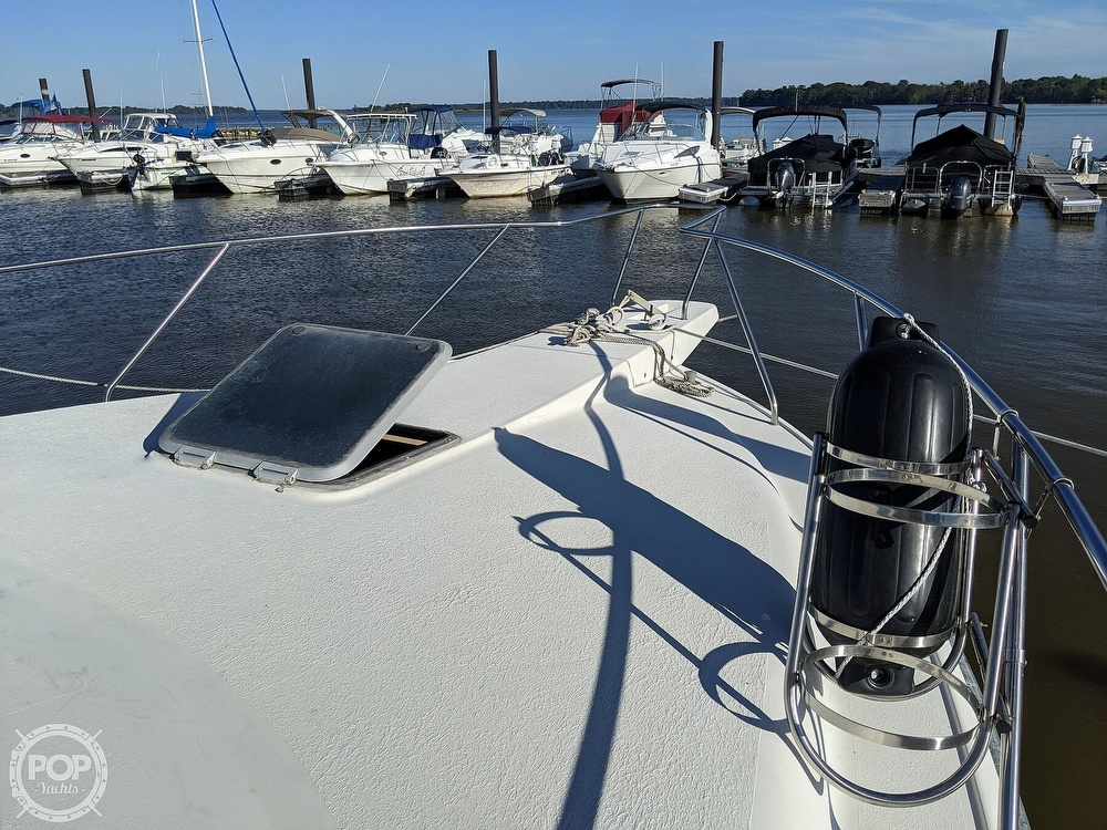 1991 Silverton boat for sale, model of the boat is 34C & Image # 27 of 40