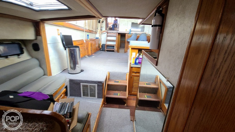 1985 Silverton boat for sale, model of the boat is 40 & Image # 17 of 40