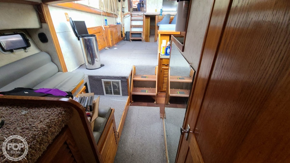 1985 Silverton boat for sale, model of the boat is 40 & Image # 18 of 40